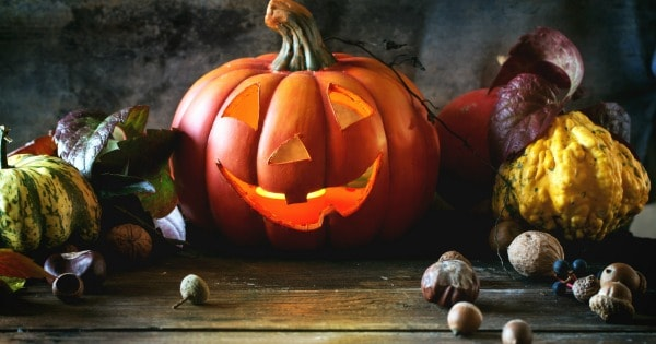 Planning a Simple & Scary Good Halloween Dinner