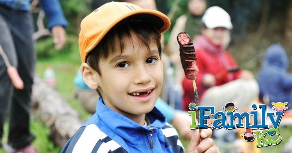 33 Family Outdoor Activities to do Together This Fall