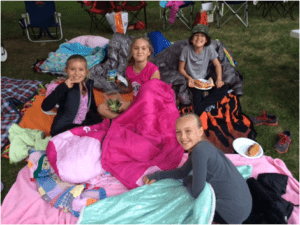 How to Throw an Awesome Outdoor Movie Night